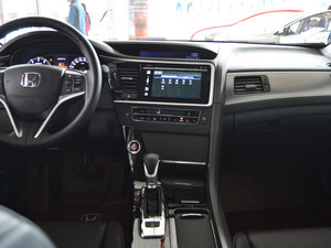 2017款2.0L CVT 舒适版 中控台
