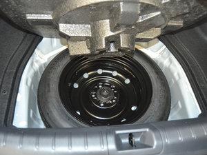 2017款2.0L CVT 舒适版 备胎