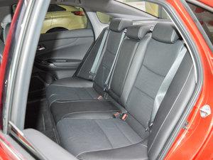 2017款2.4L DCT 豪华版 后排座椅