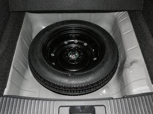 2017款1.5L LXi CVT经典版 备胎