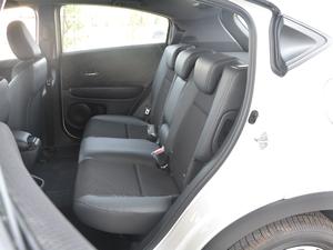 2017款1.8L EXi CVT舒适版 后排座椅