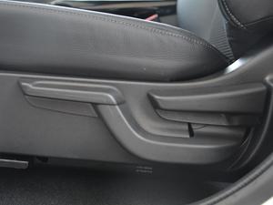 2017款1.8L EXi CVT舒适版 座椅调节