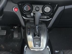 2017款1.8L EXi CVT舒适版 中控台