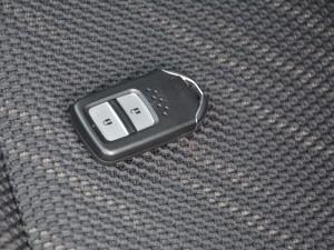 2017款1.8L EXi CVT舒适版 钥匙