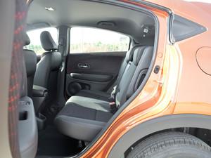 2017款1.5L LXi CVT经典版 后排空间
