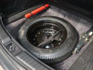 2017款240TURBO 自动四驱尊耀版 备胎