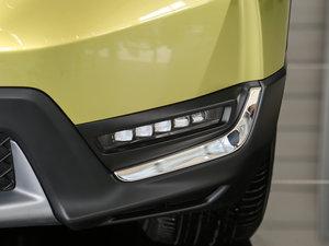 2017款240TURBO 自动四驱尊贵版 雾灯