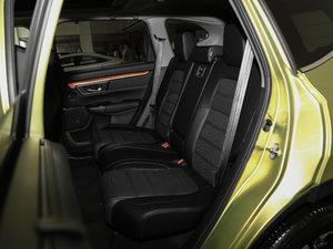 2017款240TURBO 自动四驱尊贵版 后排座椅