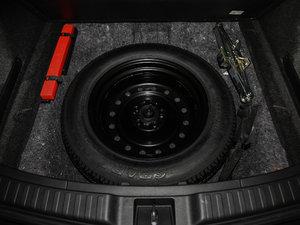 2017款240TURBO 自动四驱尊贵版 备胎