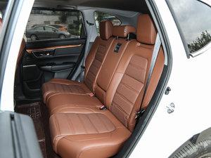 2017款240TURBO 自动四驱尊耀版 后排座椅