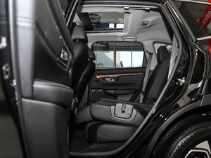 2017款240TURBO 自动四驱尊贵版 后排座椅放倒