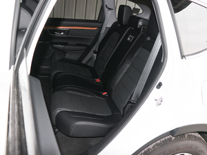 2017款240TURBO 自动两驱风尚版 后排座椅