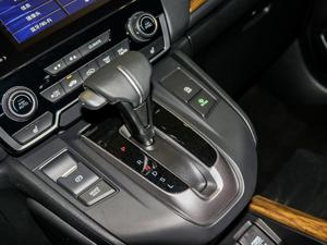 2017款240TURBO 自动四驱尊耀版 变速挡杆