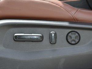 2017款2.0L 净致版 座椅调节