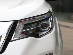 2018款2.5L XV 自动四驱旗舰版 头灯