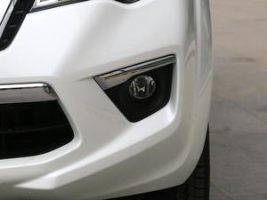 2018款2.5L XV 自动四驱旗舰版 雾灯