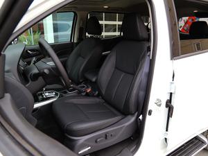 2018款2.5L XV 自动四驱旗舰版 前排座椅