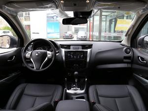 2018款2.5L XV 自动四驱旗舰版 全景内饰