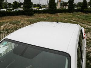 2017款2.5L 自动四驱豪华版 车顶
