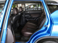 空间座椅广汽ix4 EV后排空间
