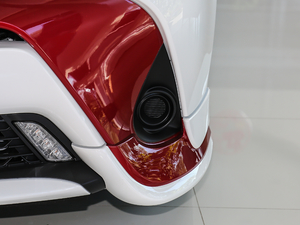 2018款1.5E CVT冠军限量版 雾灯