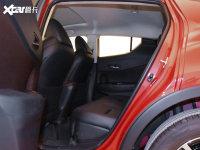 空间座椅丰田C-HR后排空间