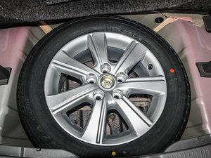 2014款180G 5座CVT舒适版 备胎