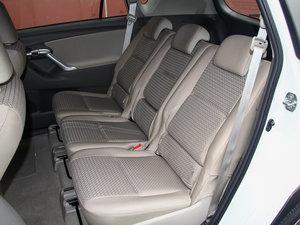 2014款180E 五座CVT基本型 后排座椅