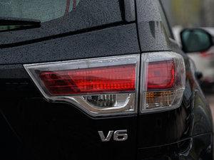 2015款3.5L 七座四驱豪华版 尾灯