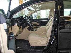 2015款2.0T 七座两驱精英版 前排空间