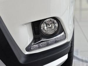 2015款2.0T 七座四驱豪华版 雾灯