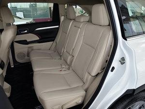 2015款2.0T 七座四驱豪华版 后排座椅