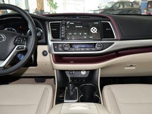 2015款2.0T 七座四驱豪华版 中控台