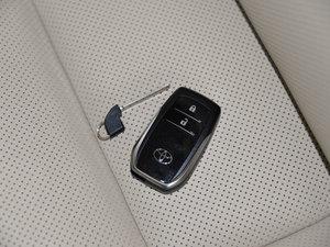 2015款2.0T 七座四驱豪华版 其它
