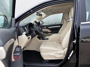 2015款3.5L 七座四驱精英版 前排空间