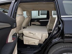 2015款3.5L 七座四驱精英版 后排座椅放倒