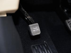 2015款3.5L 七座四驱精英版 驻车制动器