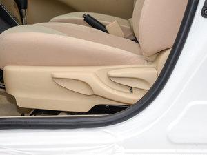 2017款1.5E CVT魅动版  座椅调节