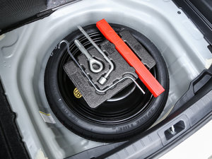 2017款1.8H GS CVT精英天窗版 备胎