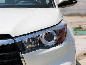 2017款2.0T 七座四驱豪华版 头灯