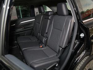 2017款2.0T 七座四驱炫黑限量版 后排座椅
