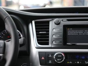 2017款2.0T 七座四驱炫黑限量版 空调出风口