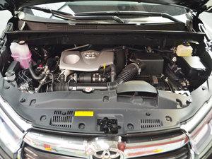 2017款2.0T 七座四驱精英版 发动机