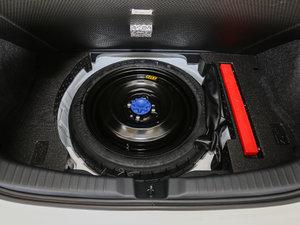 2017款1.5G CVT劲速天窗升级版 备胎