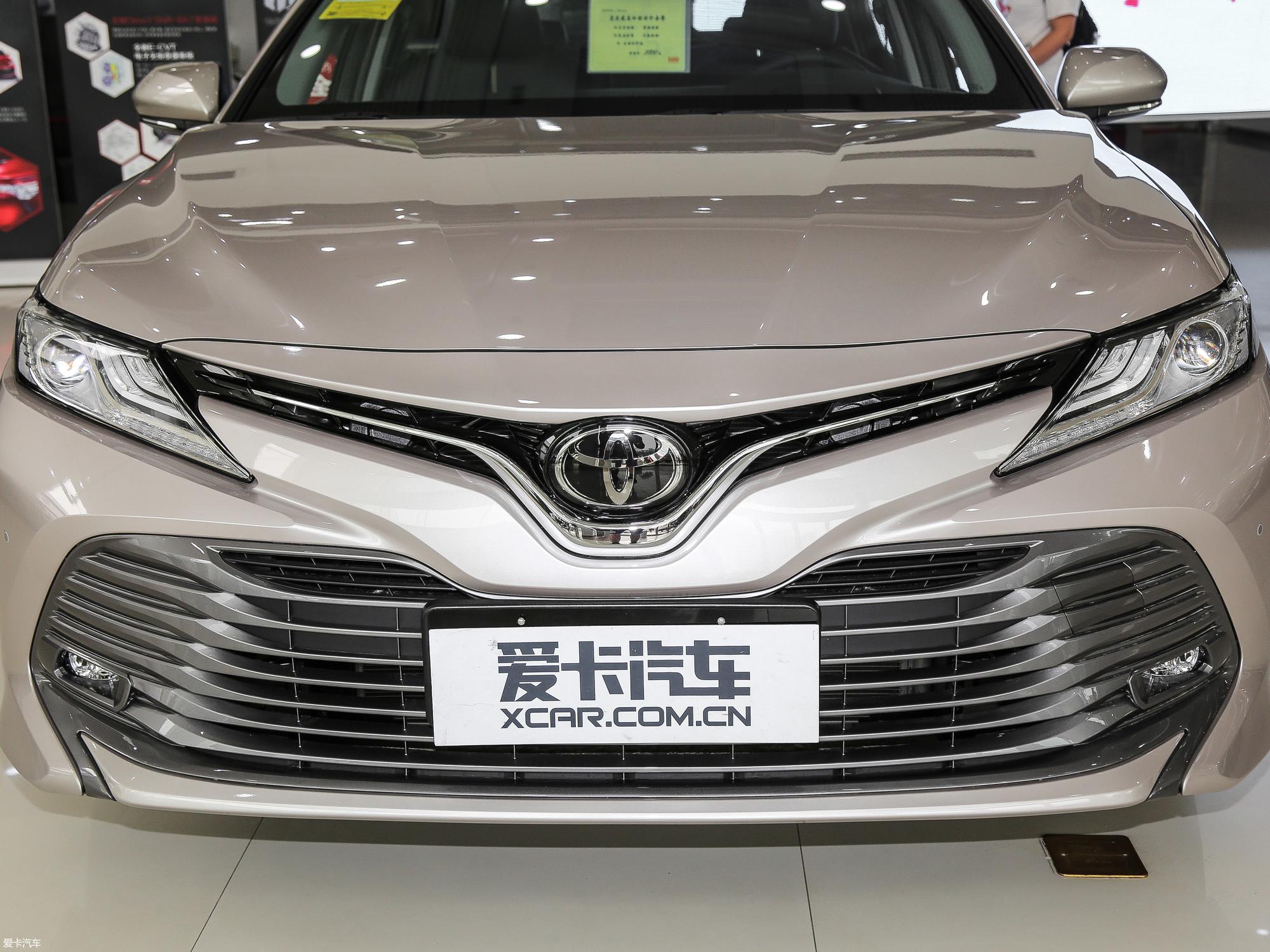 爱卡首页 汽车图片 丰田 凯美瑞 2018款2.5g 豪华版  2018款凯美瑞 2.