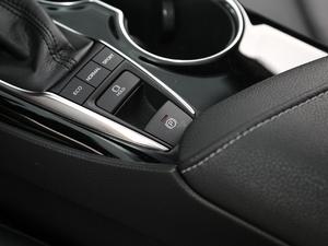 2018款2.5S 锋尚版 驻车制动器