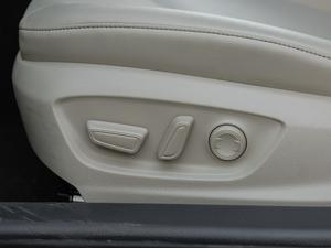2018款2.5HQ 旗舰版 座椅调节