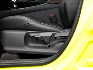 2018款2.0L CVT旗舰版 座椅调节