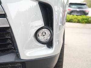 2018款2.0T 四驱至尊版 7座 雾灯