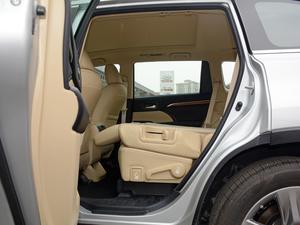 2018款2.0T 四驱至尊版 7座 后排座椅放倒